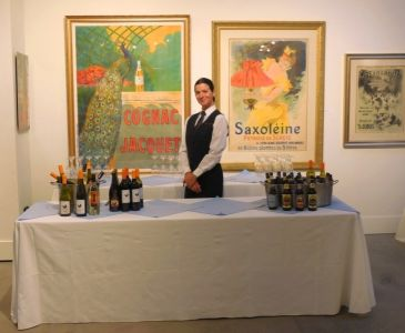 Voila Catering at Gallery 903 in Porland