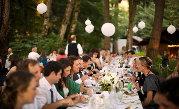 Catering wedding dinner at bridal veil lakes by Voila Catering
